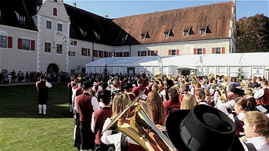 11. bis 13. Oktober 2019 Jagdmesse im Jagdschloss der Wittelsbacher  Schloss Grünau Neuburg a.d. Donau bei Ingolstadt