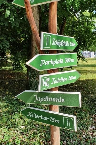Viele Besucher beim Waldfest in HummelshainAm zweiten Wochenende im September fand die 35. Auflage vom Fest des Waldes und der Jagd in Hummelshain statt. Hier sehen Sie die Bilder der Veranstaltung.https://www.otz.de/regionen/stadtroda/viele-besucher-beim-waldfest-in-hummelshain-id233299419.html